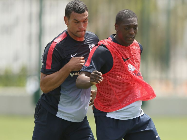 Steven Caulker (l): Wants to play in Brazil
