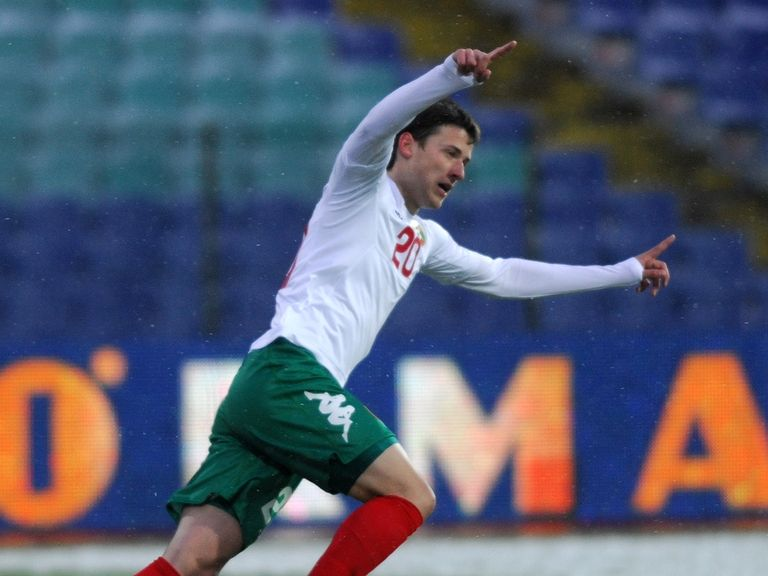 Aleksandar Tonev: Wanted by a number of clubs
