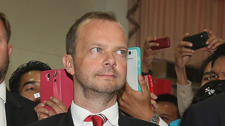 Ed Woodward: Manchester United chief executive leaves tour for urgent transfer business
