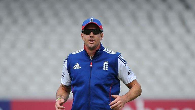 Kevin Pietersen: England batsman suffered calf injury in second Test