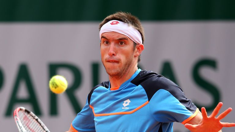 Leonardo Mayer: Upset second seed Tommy Robredo in Chile