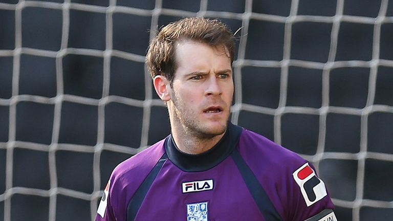 Owain Fon Williams: Snubbed Championship suitors