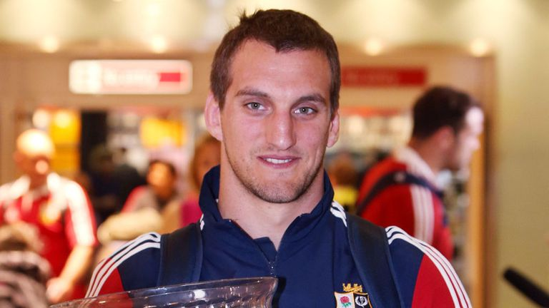 Sam Warburton: Out for up to four months