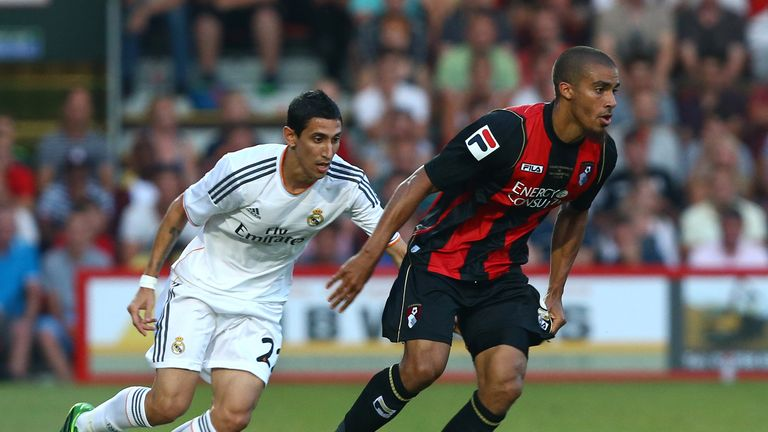 Lewis Grabban: Signs new Bournemouth deal