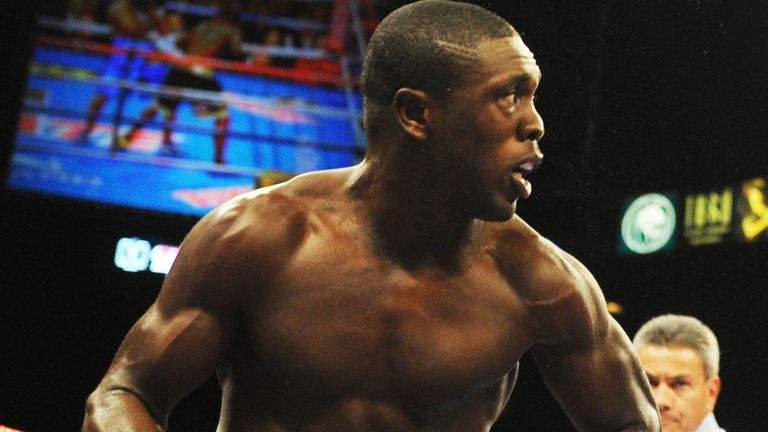 Andre Berto: Suffered an injury to his right shoulder during the fourth round