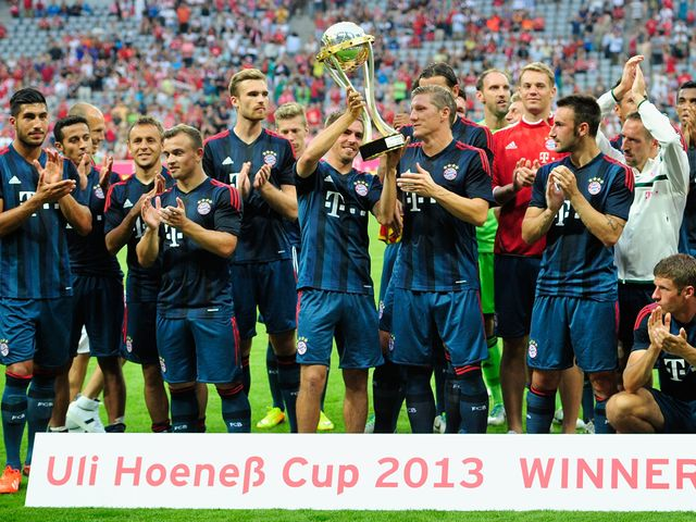 Bayern Munich celebrate their friendly victory