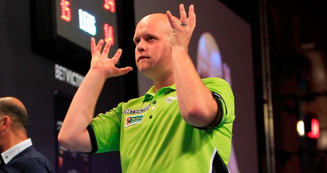 Michael van Gerwen wins the World Grand Prix darts in Dublin in 2012.