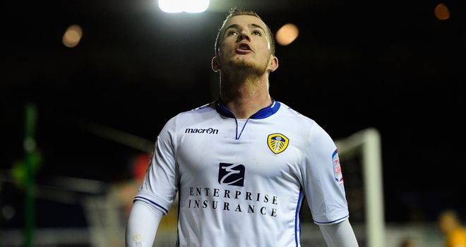 Ross McCormack: Went close to scoring for Leeds