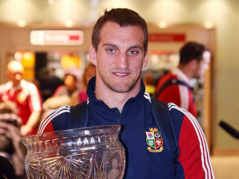 Warburton: Returns to action for Cardiff on Friday
