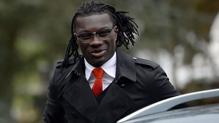 Bafetimbi Gomis: Set for new talks with Newcastle