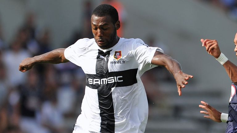 Kevin Theophile-Catherine can play at right-back or centre-back