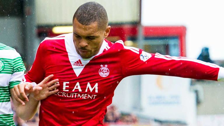 Josh Magennis: St Mirren loan move for Aberdeen striker