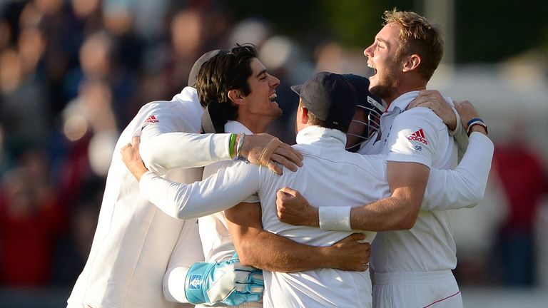 England celebrate Ashes victory
