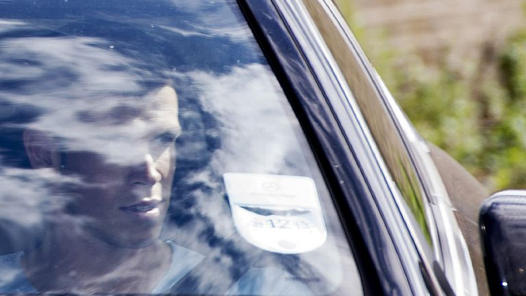 Bale arrives at training on Tuesday