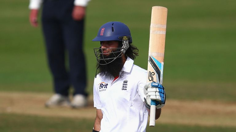 Moeen Ali: Over 2,00 runs in all competitions in the summer
