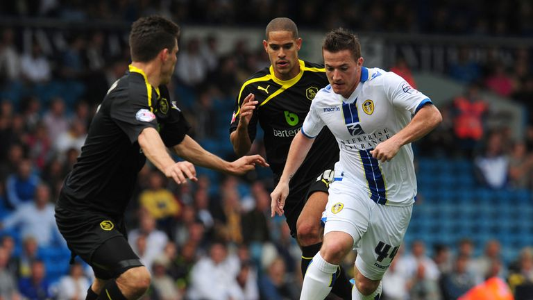 Ross McCormack: Takes on the Sheffield Wednesday defence