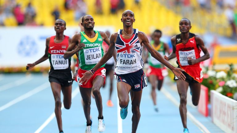 Mo Farah wins gold in the Men's 10K at the Luzhniki Stadium in Moscow