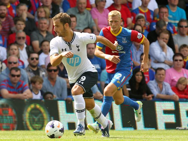Tottenham's Roberto Soldado gets away from Dean Moxey