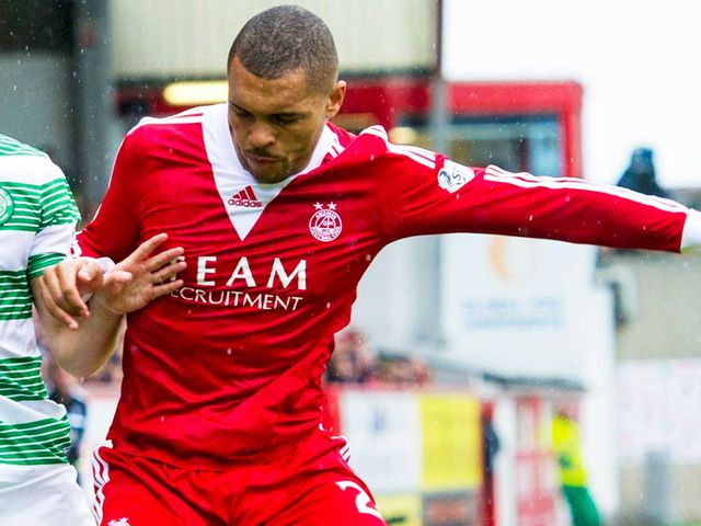 Josh Magennis: Still ruled out by knee injury