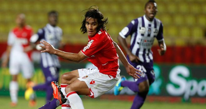 Monaco's Falcao vies with Toulouse's Uros Spajic