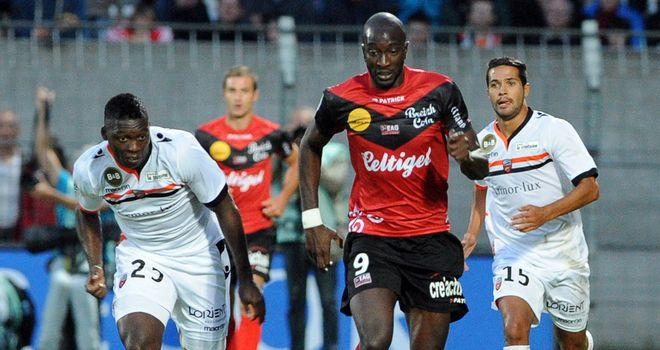 Mustapha Yatabare in action for Guingamp.