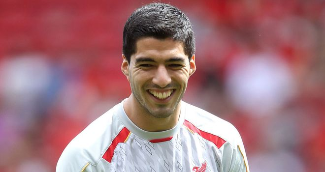 Luis Suarez: All smilies at Steven Gerrard's testimonial