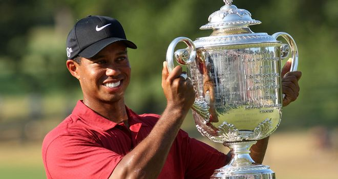 Tiger Woods: Only player to defend in the stroke-play era