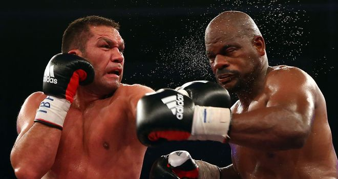 Kubrat Pulev: Lands a left hand on Tony Thompson