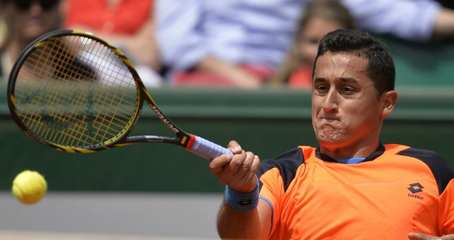 Nicolas Almagro: Out of Australian Open due to a shoulder injury