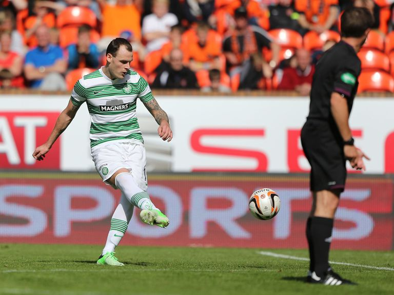 Anthony Stokes scores Celtic's winner against Dundee United.