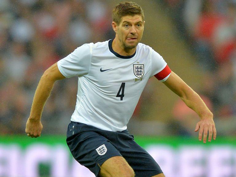 Steven Gerrard: Hopes Wayne Rooney can shine for England