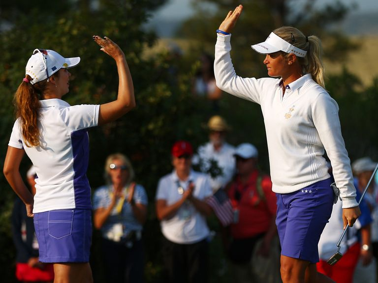 Suzann Pettersen and Beatriz Recari celebrate European success