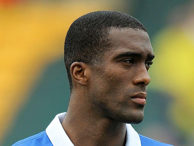 Sylvain Distin: Everton defender set to return from injury