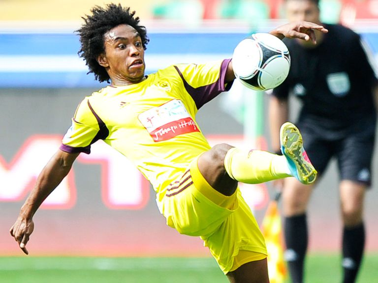Willian: Chelsea and Anzhi agree fee