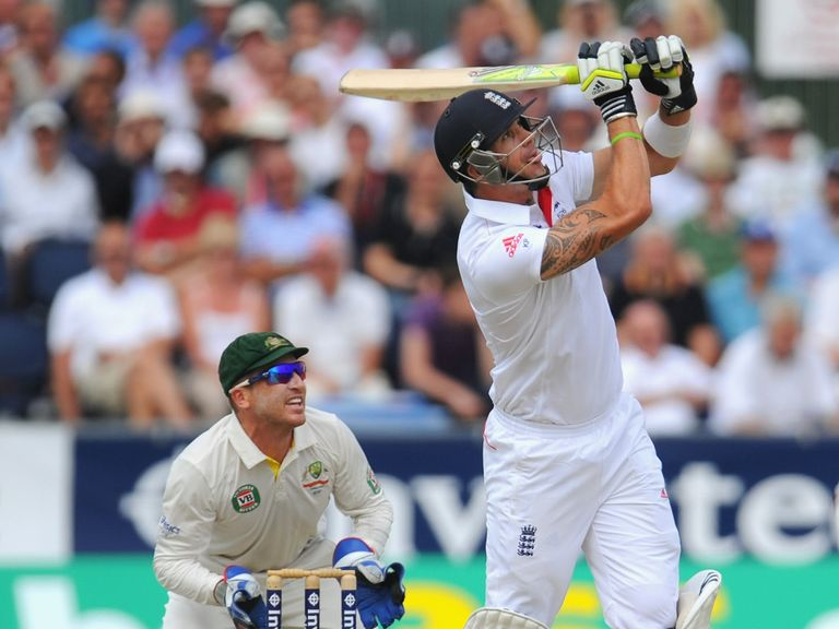 Kevin Pietersen: Remaims available for fifth Test