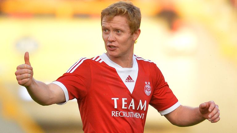 Barry Robson: New one-year contract at Aberdeen