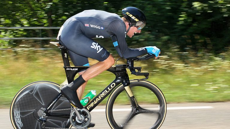 Bradley Wiggins, the Olympic champion, is favourite for victory