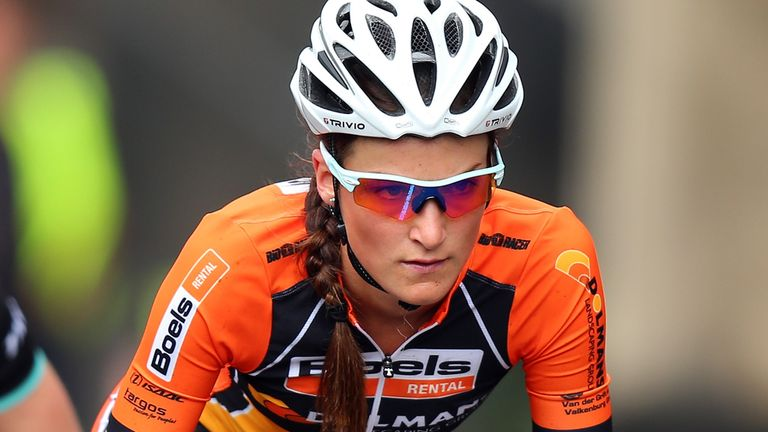 Lizzie Armitstead believes her best chance of victory is in a breakaway