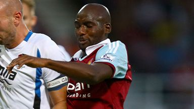 Alou Diarra: Feels he is in a dead end with West Ham