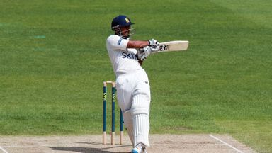 Ateeq Javid: Warwickshire No 3 finished on 119 not out