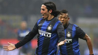 Ezequiel Schelotto has joined Sassuolo on a season-long loan from Inter Milan