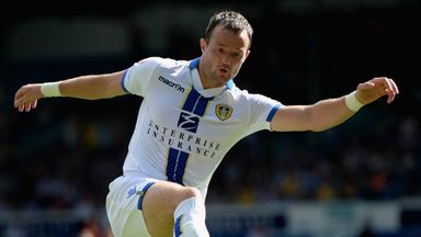 Noel Hunt: Striker hopes to return to aid Leeds' play-off push