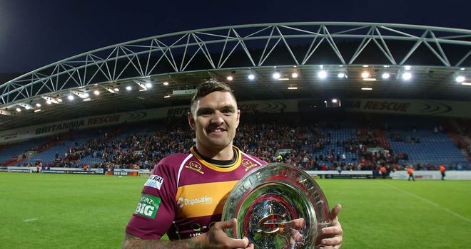 Danny Brough with last season's league leaders shield