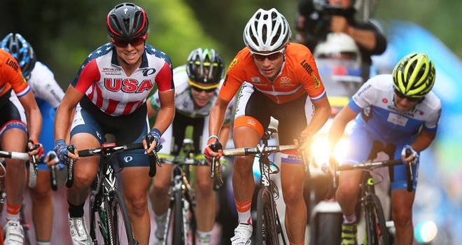 Marianne Vos and Evelyn Stevens in action at the world championships
