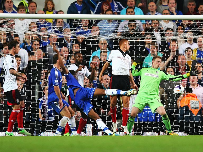 John Obi Mikel scored as Chelsea beat Fulham 2-0.