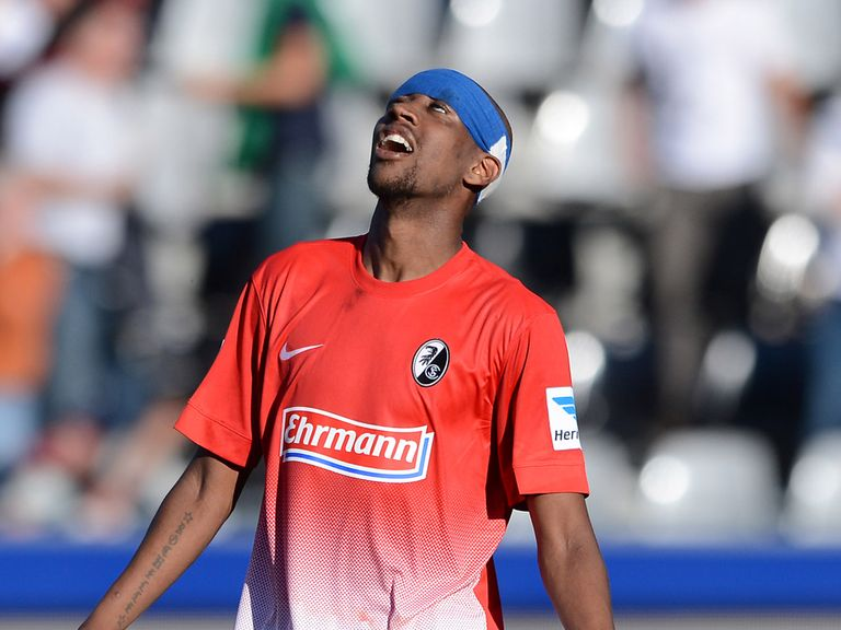Gelson Fernandes of Freiburg shows his frustration