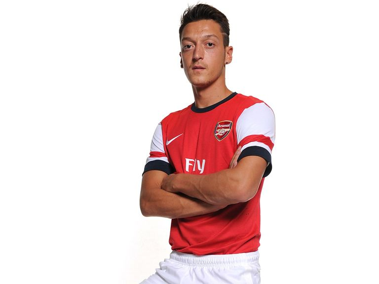 Mesut Ozil: Could make Arsenal debut on Saturday