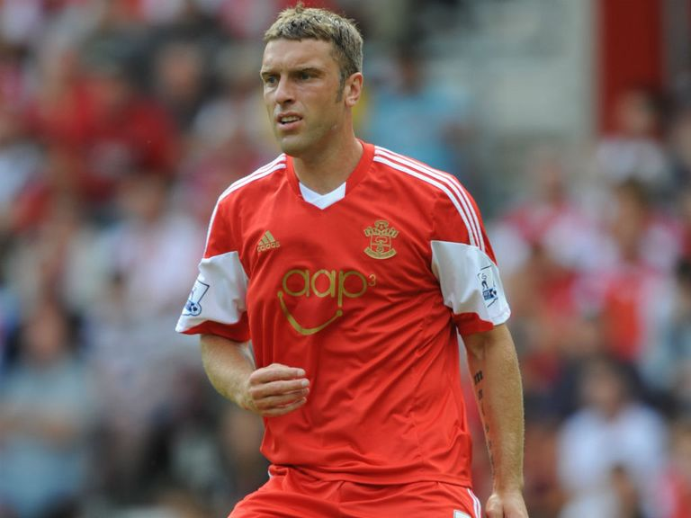 Rickie Lambert: Knows Southampton need to push on