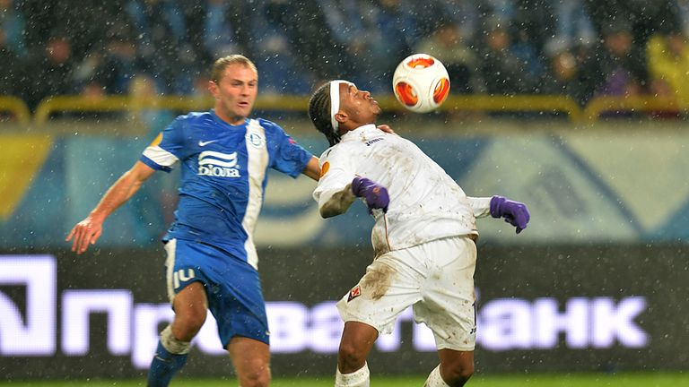 Juan Cuadrado: Looks to hold off Dnipro's Yevhen Konoplyanka