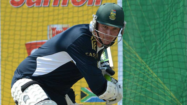 Graeme Smith: South Africa batsman withdrawn from one-day series
